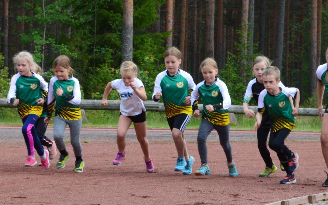 Hollolan Urheilijat järjestää Yleisurheilukoulun lasten kesäloman alkajaisiksi